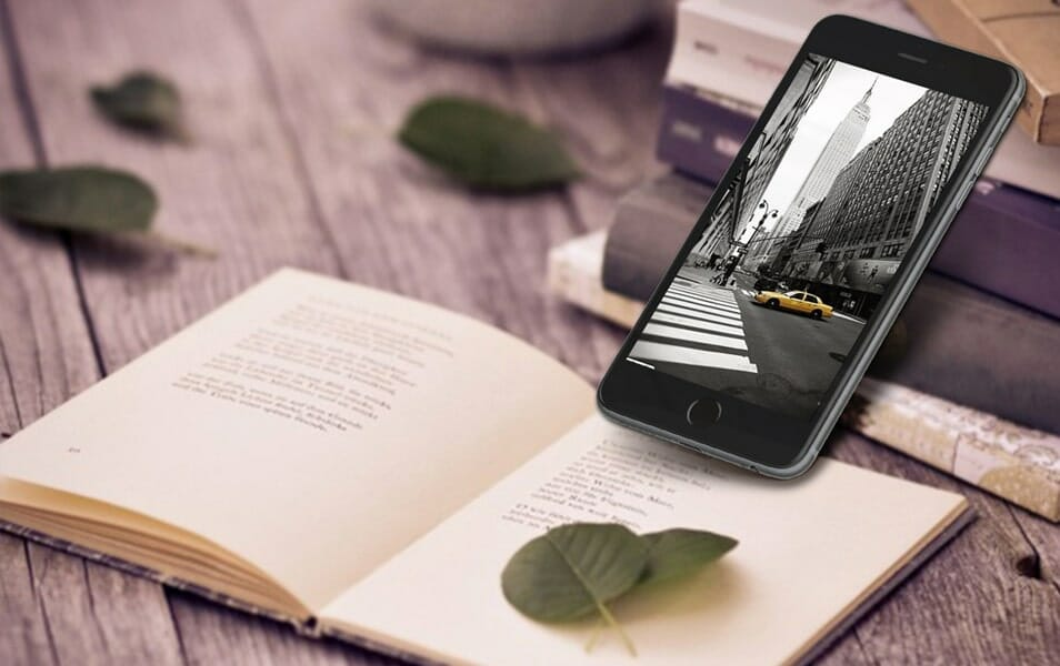 Photorealistic Iphone 6 Plus Mockup