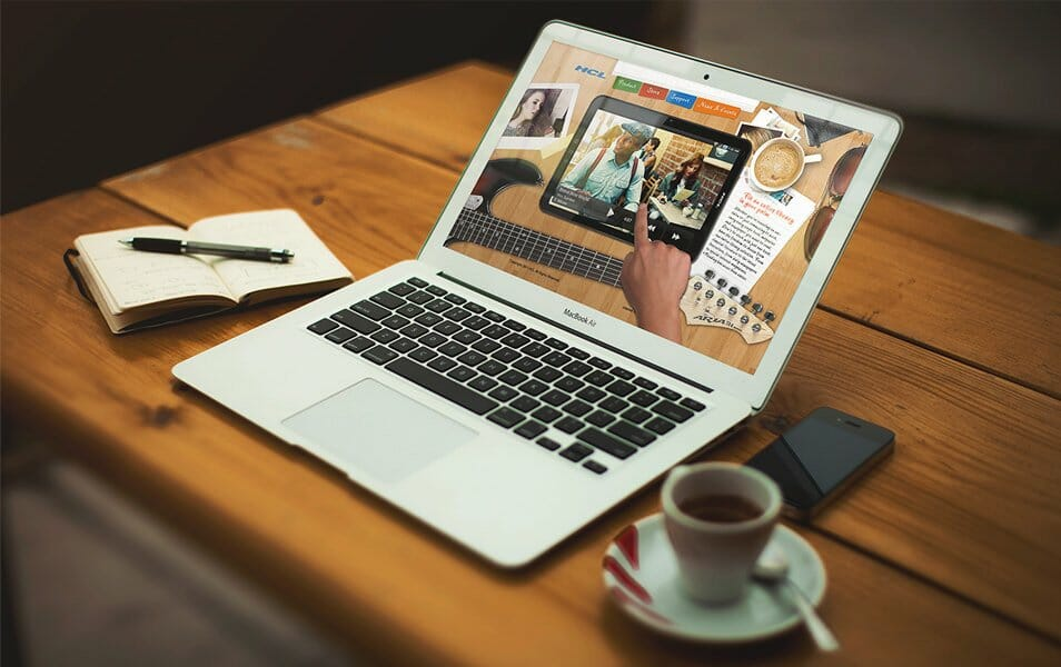 Macbook Air Mockup Free PSD Graphics Vol.2