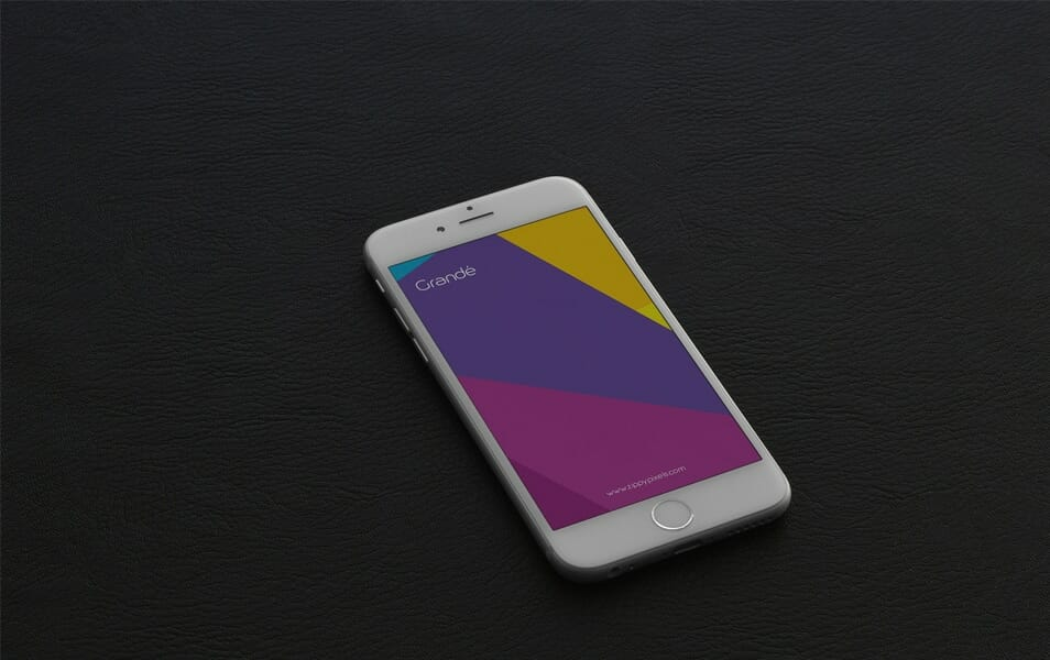 5 Free iPhone 6s Photorealistic PSD Mockups